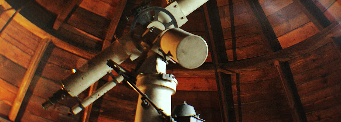 The Victorian telescope in the Athenaeum observatory